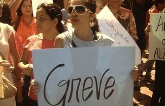 Funcionários da Secretaria de Educação entram em greve em Aparecida de Goiânia - Os funcionários administrativos reivindicam estruturação do plano de carreira.