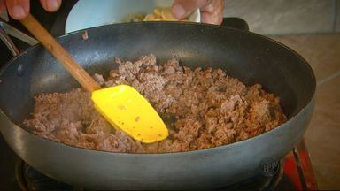 Fernando Kassab ensina a fazer uma carne à camponesa - Fernando Kassab ensina a fazer uma carne à camponesa
