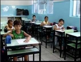 Alunos da rede municipal de Ipatinga voltaram às aulas nesta terça-feira - São mais de 22 mil alunos.