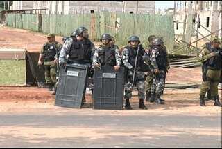 Corregedoria vai investigar PMs que atiraram em jovem no Jaderlândia - Comandante do 3º BPM informou que policiais envolvidos serão afastados. Jovem foi morto no início da tarde de segunda-feira (27), no Jaderlândia.