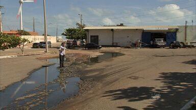 Entorno do Porto do Mucuripe é área sem saneamento e pavimentação - Moradores cobram melhorias também no entorno.