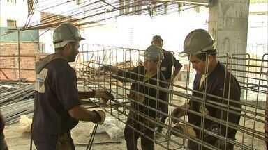Ceará sofre com falta de mão de obra na área da construção civil - Problema persiste por anos sem a qualificação de profissionais.
