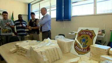 Mais de 100 quilos de pasta-base de cocaína são apreendidos na Zona da Mata mineira - A droga foi apreendida durante uma operação em duas rodovias da região.