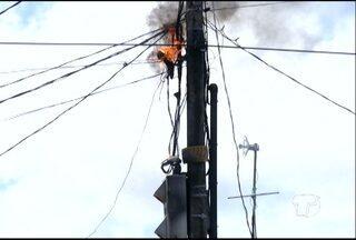 Poste pega fogo na Avenida Presidente Vargas em Santarém - Princípio de incêndio ocorreu na manhã desta sexta-feira (31). Apesar do susto, ninguém ficou ferido.