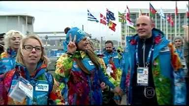 Lei anti-gay ofusca os preparativos das Olimpíadas de Inverno na Rússia - Qualquer alusão à questão dos gays vira polêmica no país. Nas ruas de Sochi, ninguém gosta de abordar o tema. Nesta quinta-feira (30< foi inaugurada a vila dos atletas.