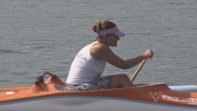 Atleta santista é destaque na canoagem - Maria Paula Alves se mostrou uma apaixonada pela canoa havaiana. Ela vem acumulando títulos e mostrando talento na modalidade.