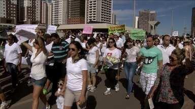 JN: Justiça considera ilegal Operação Tartaruga no DF - No DF, manifestantes foram às ruas para protestar contra a violência.