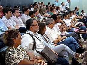 Possível forma de gestão da EBSERH no HC-UFU é discutida em Uberlândia - Audiência pública foi realizada na noite desta quarta-feira (5) na Câmara. Autonomia da UFU na gestão do HC, em caso de mudança, foi tratada.