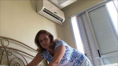 Prédios de São Paulo não têm infraestrutura para ar condicionado - Com forte calor que teve no início do ano, muita gente resolveu comprar um ar condicionado. Mas a maioria dos prédios residenciais não tem infraestrutura para o equipamento.