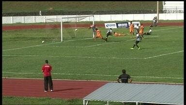Goleada do Sobradinho contra Legião tem gol de Dimba, pelo Candangão - Confira mais resultados de jogos do campeonato estadual.