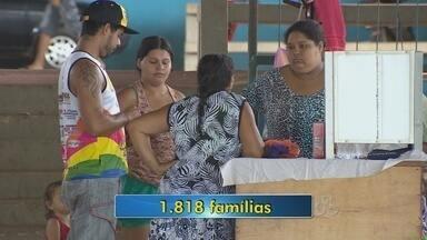 Número de famílias desabrigadas já ultrapassa 1.800 - O Rio Madeira continua a subir, a Defesa Civil continua o trabalho de retirada de famílias.