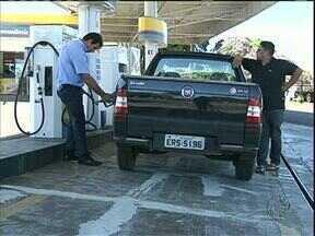Motoristas se assustam com mais um aumento do álcool - Em Cianorte, tem posto de combustível cobrando mais de R$ 2,20 no litro do álcool.