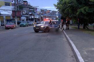Bandidos disparam tiros no meio da rua, em Salvador; veja o giro de notícias - Confira essa e outras notícias.