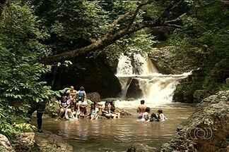 Salto do Itiquira é opção para passeios durante o carnaval - Durante o carnaval, tem que prefira sair da agitação das cidades para se divertir em meio à natureza.