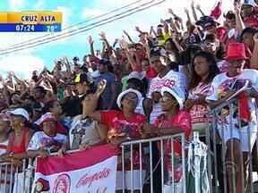 Depois de cinco anos, escola Imperadores do Samba vence o carnaval de Porto Alegre - Apuração aconteceu na tarde desta terça-feira (4).
