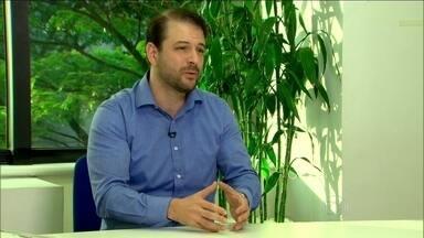 Especialista alerta sobre como não se tornar o mala da empresa - Renato Grinberg explica que chatice bem direcionada pode ajudar
