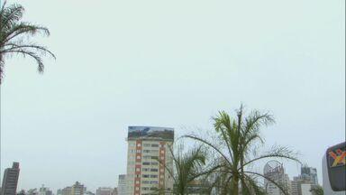 Campinas tem previsão de tempo nublado e pancadas de chuva nesta quarta - Nesta quarta-feira de Cinzas (5), há previsão de tempo nublado e pancadas de chuva ao longo do dia. A temperatura máxima em Campinas chega aos 29°C.