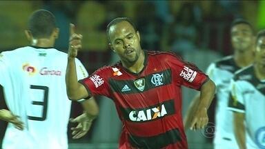 Alecsandro e Chicão são as mudanças do Flamengo para jogo contra Bonsucesso pelo estadual - Goleador no Cariocão, atacante espera se firmar ao lado de Hernane. Já o zagueiro espera recuperar o espaço que perdeu para Samir.