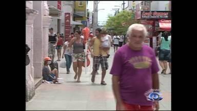 Agências bancárias e lojas do centro de Maceió reabrem nesta quarta-feira - Estabeleciementos voltam a funcionar a partir do meio dia.