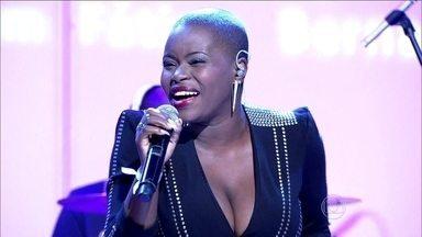 Atração internacional! Angolana Ary Gabriela canta 'Não deixe o samba morrer' - Com sotaque e muita alegria ela dá show no Encontro
