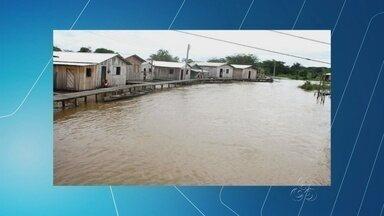 Moradores de Eirunepé são socorridos por conta da cheia, no AM - Famílias começam a ser socorridas por causa da subida das águas do rio Juruá; alguns municípios estão em estado de emergência.
