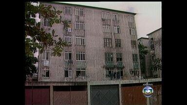 Vila Kennedy recebe forças de pacificação quando completa 50 anos - A Vila Kennedy foi planejada para abrifar moradores removidos de ocupações, da Zona Sul. Mas com o passar dos anos, acabou se tornando uma favela.