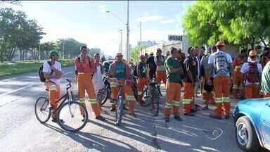 Garis de Vila Velha param atividades no ES, segundo sindicato - Prefeitura disse que não foi informada oficialmente da paralisação.Empresa anunciou que funcionários foram impedidos de trabalhar.