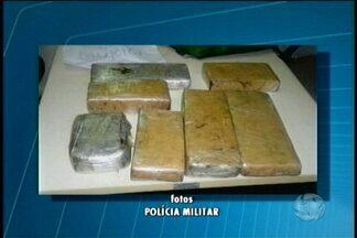 Homem é preso com drogas em Cabrobó - Foram apreendidos 9 kg de maconha e 1 kg de pasta base de cocaína.