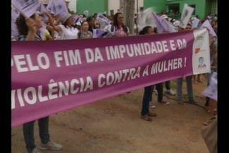 Marcha da mulher agricultora, em Massaranduba, na Paraíba - As agricultoras denunciam as desigualdades sociais e a violência contra a mulher.