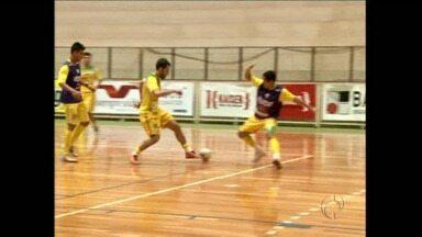 Futsal paranaense volta às quadras - Campeonato estadual começa com 13 equipes em busca do título