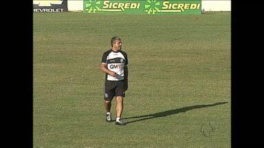 Operário demite treinador antes da estreia no quadrangular do rebaixamento - Gilberto Pereira não treina mais o Fantasma