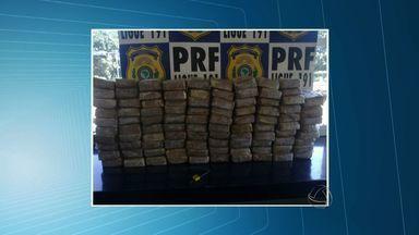 Homem é preso em MT com 100 kg de droga em caminhão de frangos - Um homem foi preso com 100 kg de droga em um caminhão de frangos.