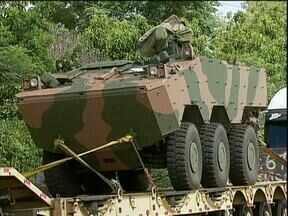 Exército recebe veículos blindados - Nessa quinta-feira chegaram máquinas anfíbias, ao todo serão 13 a disposição do exercito da região.