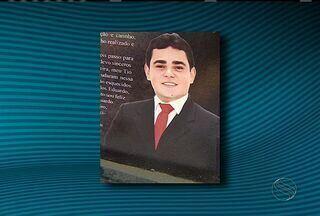 Corpo do advogado que morreu em acidente automobilístico foi enterrado - Corpo do advogado que morreu em acidente automobilístico foi enterrado