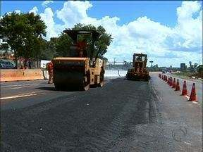 Pista da BR 277 terá desvio por causa da obra do viaduto - Os motoristas precisam tomar cuidado ao passar pela rodovia