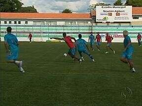 Prudentópolis recebe o Maringá amanhã pelas quartas-de-final do Paranaense de Futebol - A partida será no estádio Newton Agibert a partir das quatro da tarde.
