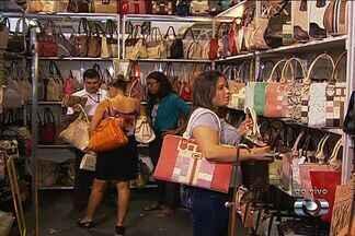 Expovestir apresenta tendências da coleção outono/inverno em Goiânia - Roupas, sapatos e acessórios são vendidos a preço de fábrica. Essa é a trigésima primeira edição do evento.