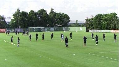 Para sair da rotina, Palmeiras decide inovar em treino - Time de Gilson Kleina já está classificado para o mata-mata do Paulista