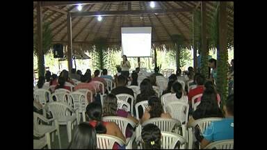 Professores participam de capacitação sobre educação ambiental - Educadores municipais de municípios vizinhos a Santarém fazem curso de seis meses.