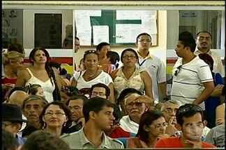 Servidores comparecem à sessão na câmara de vereadores de Petrolina - Eles foram até a câmara de vereadores pedir o apoio do legislativo