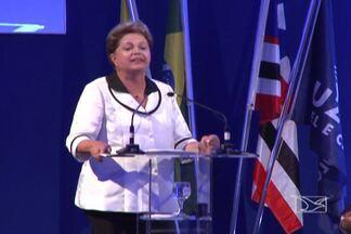 Presidente Dilma e governadora Roseana inauguram fábrica de papel e celulose em Imperatriz - As obras para instalação da fábrica começaram em 2011, com o emprego de 12 mil funcionários.