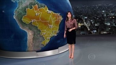 Início de outono deve ser de chuva em grande parte do país - A previsão é de temporais no Paraná. Em Santa Catarina e no norte do Rio Grande do Sul, ainda chove fraco.