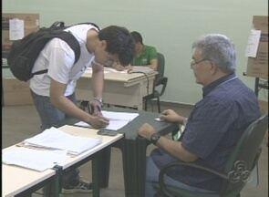 Pela primeira vez, reitor da Universidade do Estado do AM é escolhido por eleição direta - Resultado deve ser anunciado nesta quinta-feira (20); mais de 22 mil alunos e servidores são esperados nas urnas.