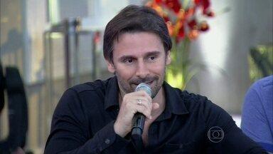 Murilo Rosa relembra parceria com André Varella em Desejo Proibido - Veja imagens dos atores contracenaram na novela