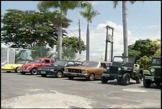 Evento em Montes Claros reúne carros antigos - Mais de 50 colecionadores devem se reunir na praça dos Jatobás.