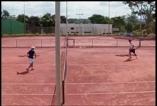 João Sérgio Carvalieri vence Torneio Estadual de Tênis - Campeonato foi disputado neste sábado em Montes Claros.