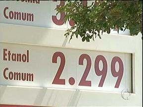 Preço do álcool dispara e assusta os motoristas - Em Paranavaí, houve três aumentos consecutivos só no mês de março.