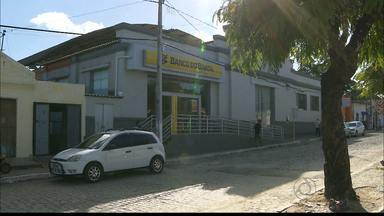 JPB2JP: Assaltada uma agência bancária em Rio Tinto - Crime praticado por 5 homens.