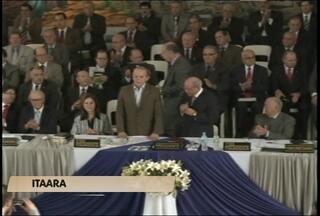 Governador Tarso Genro participa de convenção em Itaara, RS - Tarso esteve reunido com líderes e pastores da Igreja Assembleia de Deus durante a convenção.