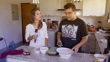 Talitha Morete invade a cozinha de André Marques - O Mais Você confere a nova rotina do apresentador depois da cirurgia